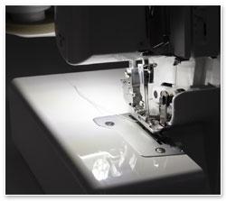 Nähmaschine mit LED-Lampe