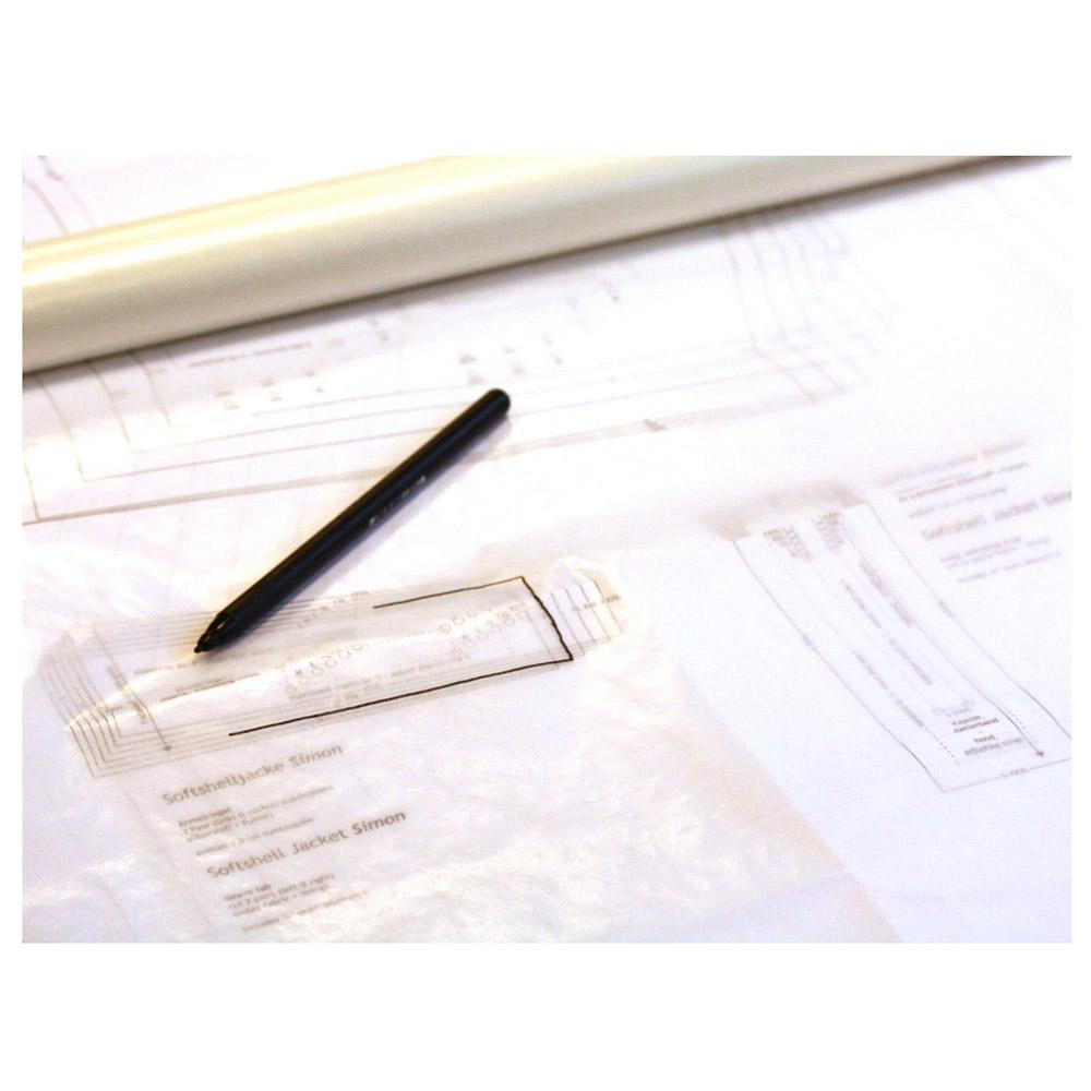 Ein Anwendungsbeispiel vom Pergamin Schnittmusterpapier. (Hinweis: Lieferung ohne Schnittmuster und Stift.)