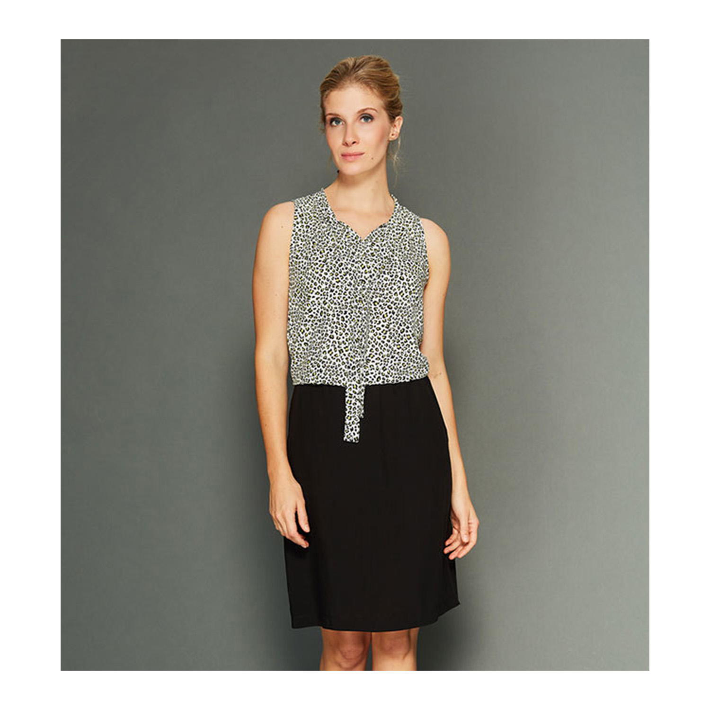 Elegantes Blusenkleid - ideal für jeden Anlass.