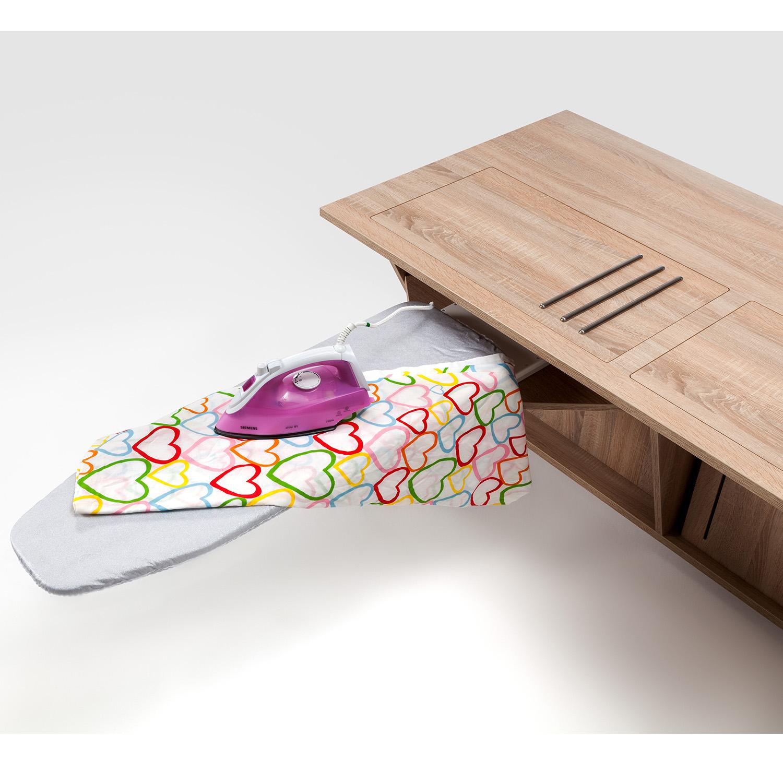 Der praktische Bügelbrett-Auszug ist als Option zum MULTI GREAT erhältlich.