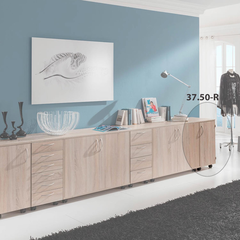 Die Möbelkombination Belgrad von RMF Rauschenberger bietet einen idealen Arbeitsplatz zum Nähen. Hier in dem Holz-Dekor Eiche Sonoma Natur.