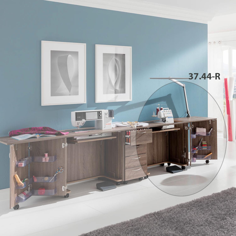 Die Kombintation Istanbul besteht aus zwei Nähmöbeln und einem Schubladencontainer.