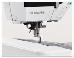 Bernina B 790 Einfädler