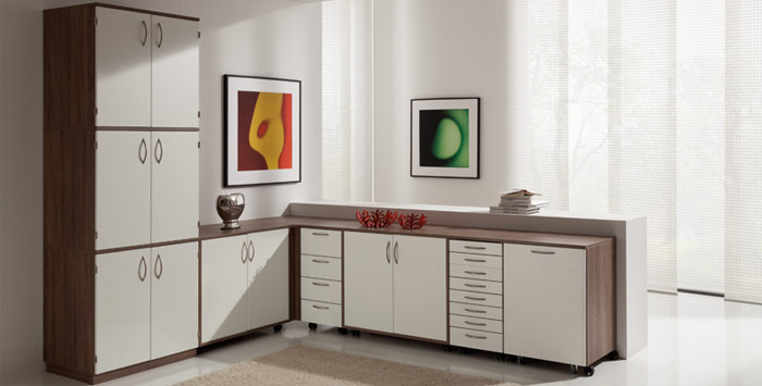 Farbkombination: Möbel-Eiche Pegasus Dunkel   Front-Kristallweiss Perl