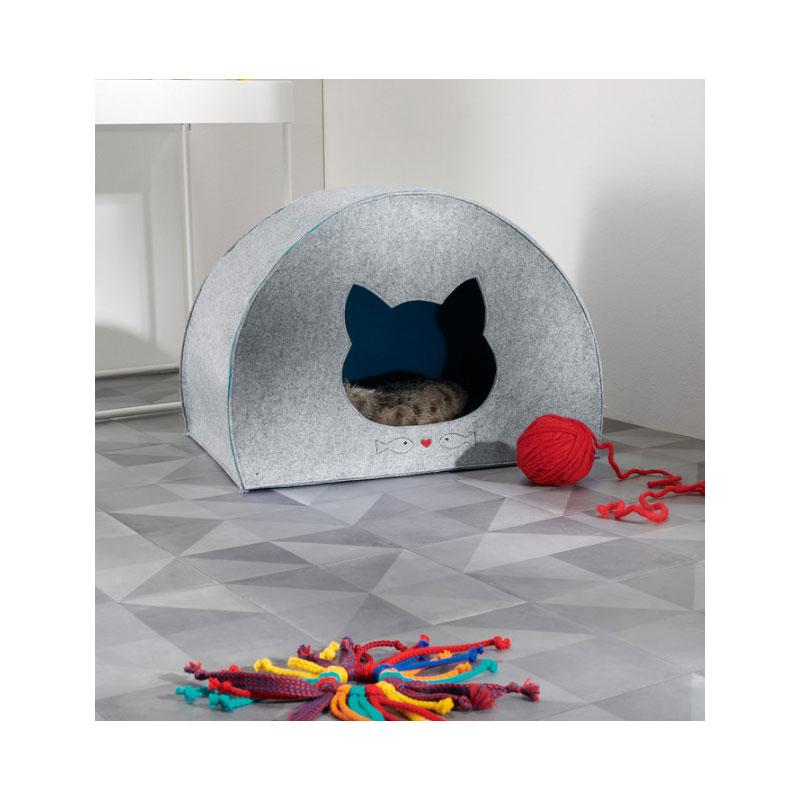 Alles für die Katz: Kuschlige Höhle und Spielzeug für den Mitbewohner